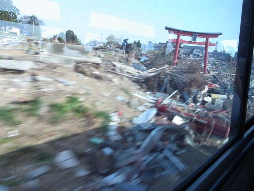 気仙沼へボランティアバス Volunteer Bus to Kesennuma, Miyagi pref.