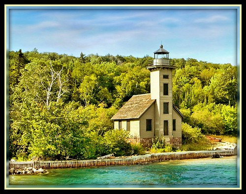 Picture Rock Light House