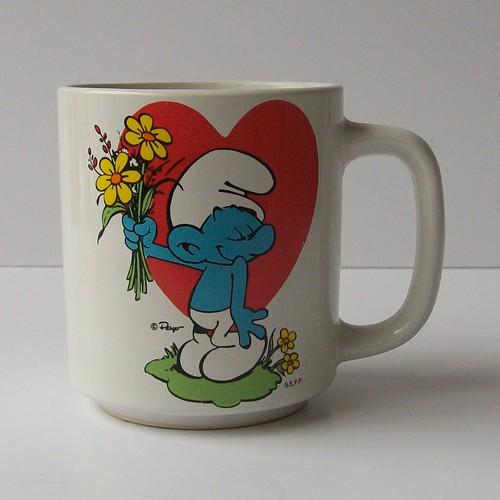 Vintage 80s BASHFUL SMURF Mug