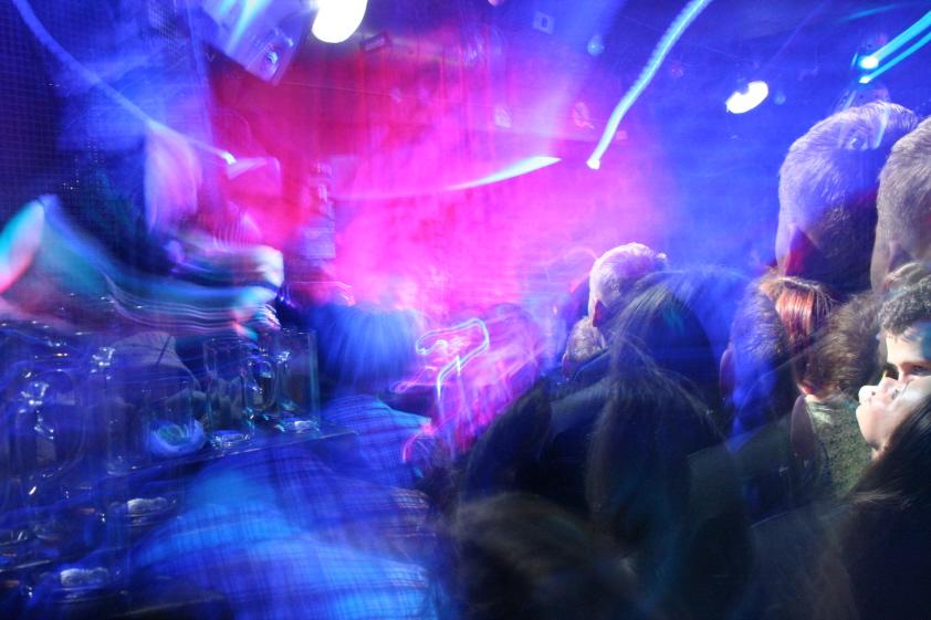 The bar mix blurr - (C) Elisah007