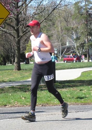 Rob 22 miles into marathon