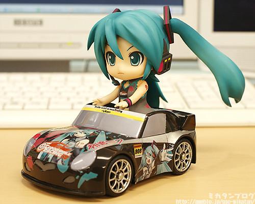 Nendoroid Hatsune Miku Race Queen ver+