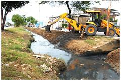 Limpeza do Canal dos Bultrins