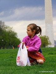 Picking up trash on Earth Day (Washington Monument)