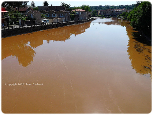 The river became orange by Gislaadt Art.