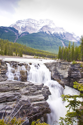 Athabasca Falls with Majestic Mountains behind it