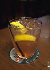 Skinny Pink Lemonade Cocktail