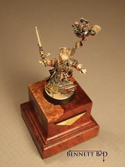 Inquisitor Lok- top