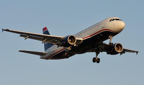 US Airways Airbus A320 N106US