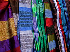Colours of Fes(Silkweaving)