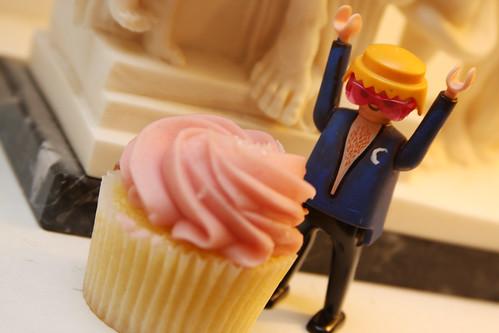 Mats & Cupcake