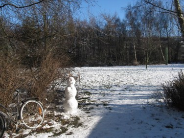 Little snowman outside of my kollegium blok.