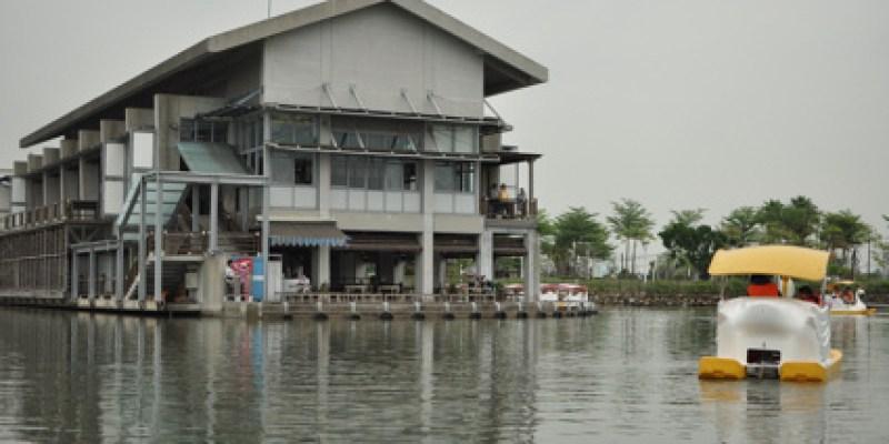 屏東大鵬灣:天鵝船、旗魚黑輪(5.9ys)