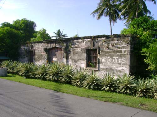 Ruins along Zavalla