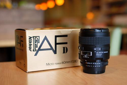 主角是: AF Micro Nikkor 60mm f/2.8D