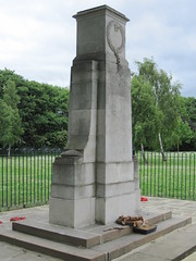 War Memorial, Smiths Dock Park