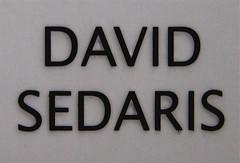 David Sedaris, Me parlare bello un giorno, Mondadori - Strade blu, 2004; Art. Dir.: Giacomo Callo, Gr. Des.: Daniele Scalia; cop. (part.)
