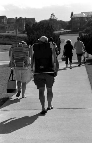 Heading Home. (Kodak Tri-X. Nikon F100. Epson V500.)
