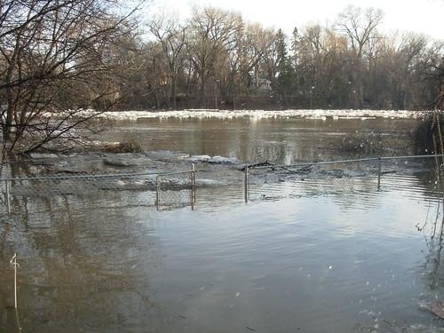 april 2009 flood 031