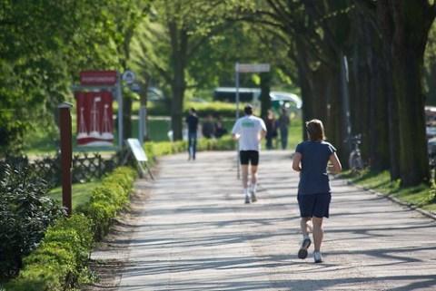 Jogger an der Alster, Hamburg