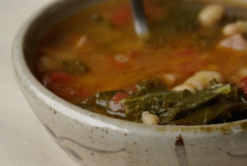 kale-cassoulet soup