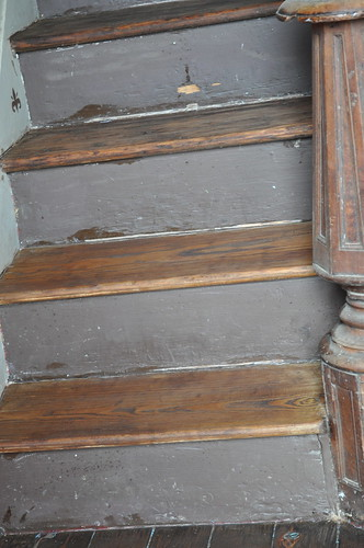 Stairs: Stain, no poly