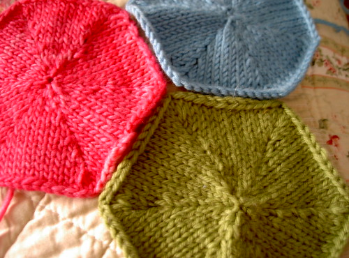 Knitted Hexagon Blanket