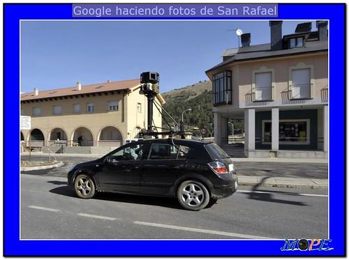 Coche de Google Street View en la N-603. Foto Pedro Merino