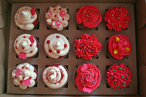 Cupcakes Take The Cake (Group) · World of MUFFINS & CUPCAKES (Group)