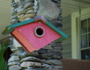 the estate of things chooses smith and hawken birdhouse