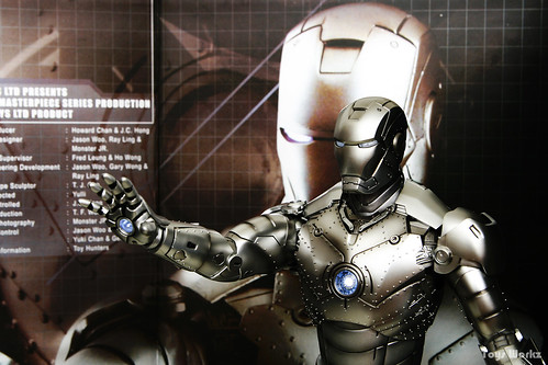 Hot Toys Iron Man Mark II