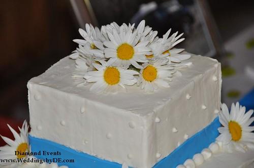 Daisy Cake Topper