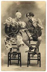 postaletrice - Clown Talk (c.1905) (Flickr)