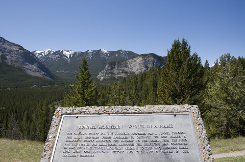 Tunnel Mountain Viewpoint