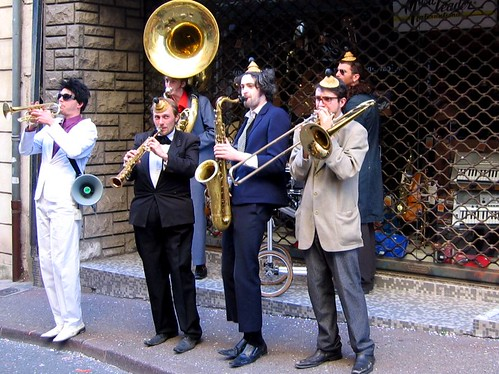 An awkwardly dressed street band at the Carnaval de Romans.