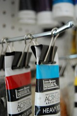 How to organize your acrylic paints
