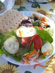 salad_burger_pasta