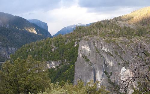 Yosemite Entering Valley