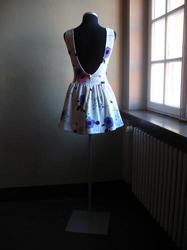 re:design24 spring dress back