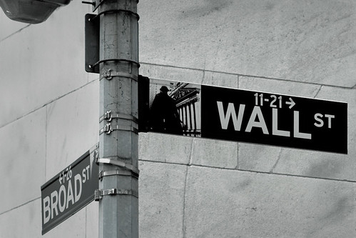 Wall Street New York by Matthew Knott @ Flickr.com