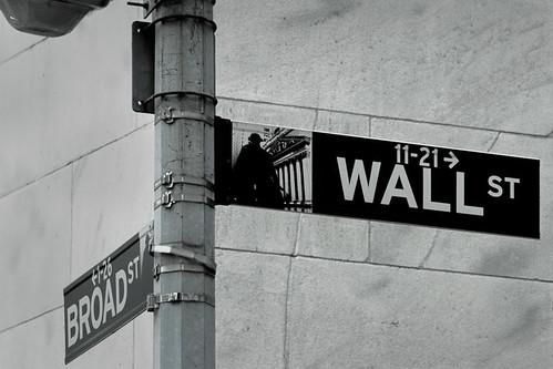 Wall Street New York by Matthew Knott @ Flickr.com