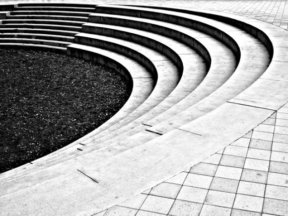 Stanford Circles by Scott Loftesness