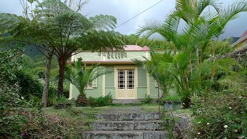 Maisons créoles et Guet A li à Hell Bourg 1
