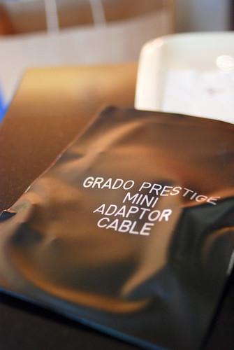 這是 Grado 原廠的大轉小接頭