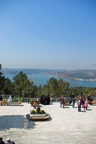 visitors in Anadolu Kavağı, İstanbul, Pentax K10d