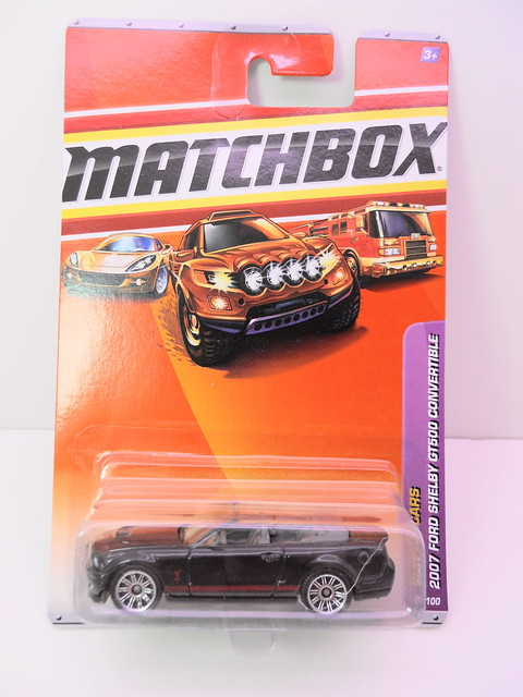 matchbox 2007 ford shelby gt500 convertible (1)