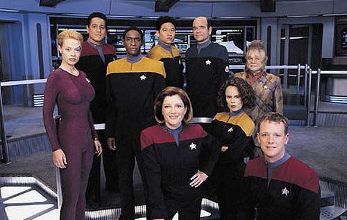 Starship Voyager: Catherine Janeway and her crew