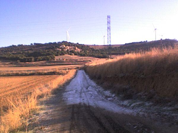 Camino helado en la ruta de la via pecuaria