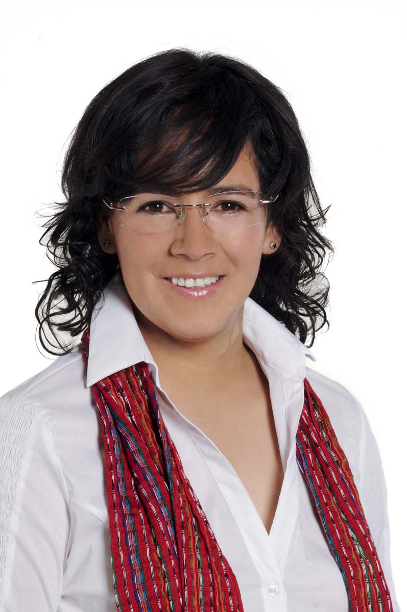 Lol Kin Castañeda, Candidata a Diputada Local al Distrito XIV por el PSD