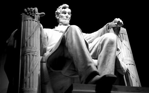 Lincoln Memorial. (Ilford Pan F Plus. Nikon F100. Epson V500.)
